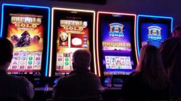 Illinois casinos June 2021