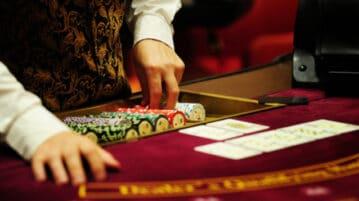 Illinois casino vgt revenue july 2021